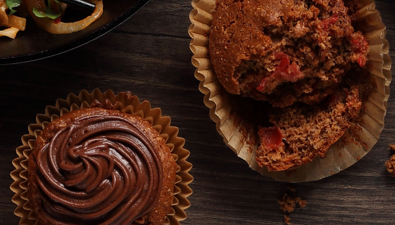 Red-Gold-cupcakes
